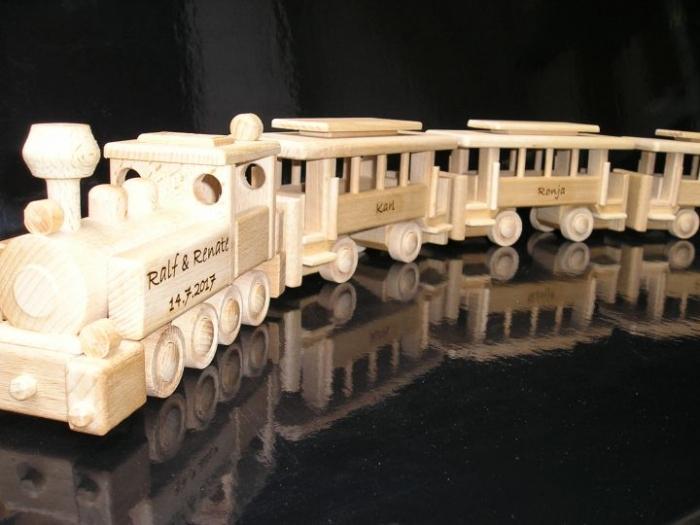 Ukázka popsaných vagonu k lokomotivě