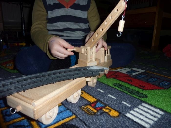 Drezíny - vláček ze dřeva