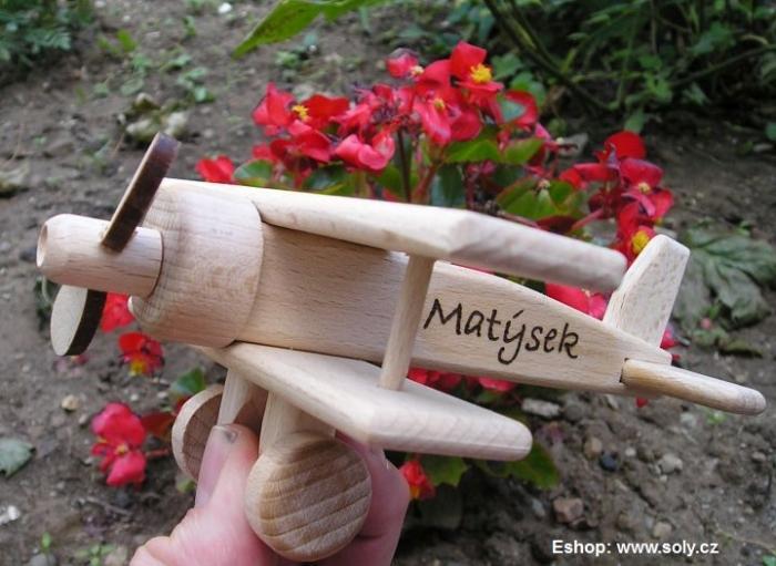 Dvouplošník letadlo hračka
