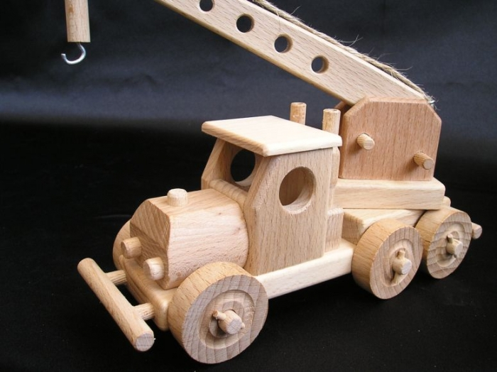 Autojeřáb pro děti.
