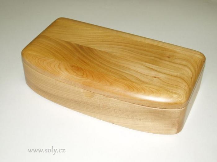 Dřevěné šperkovnice