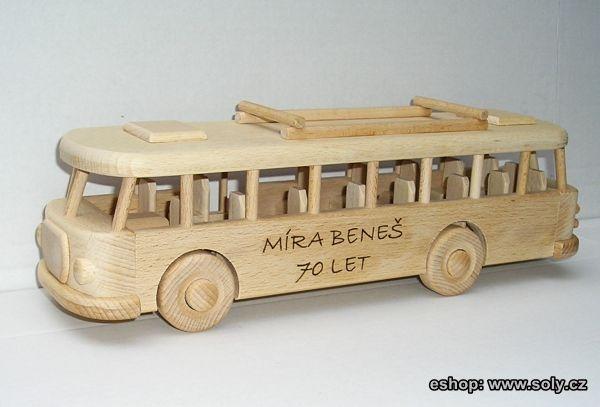 Autobus RTO k narozeninám s textem