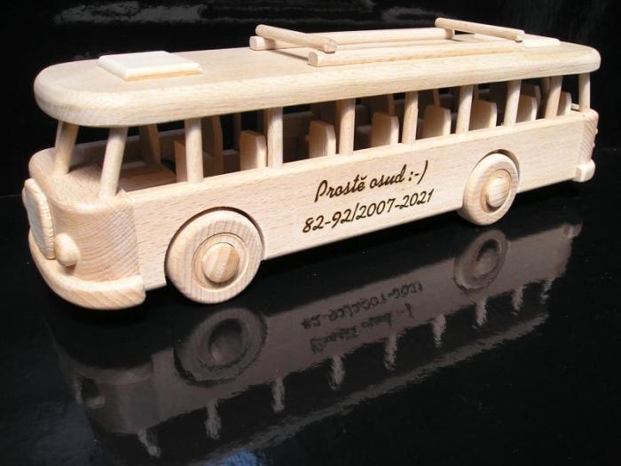 Československé autobus RTO dárek pro ridiče