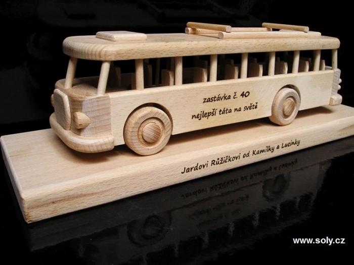 Autobus ydárky pro řidiče k narozeninám