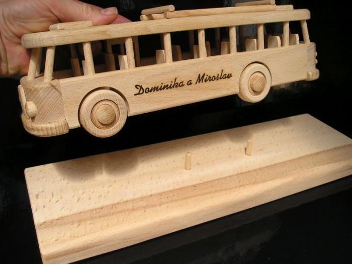Autobus dárky pro šoféra k narozeninám