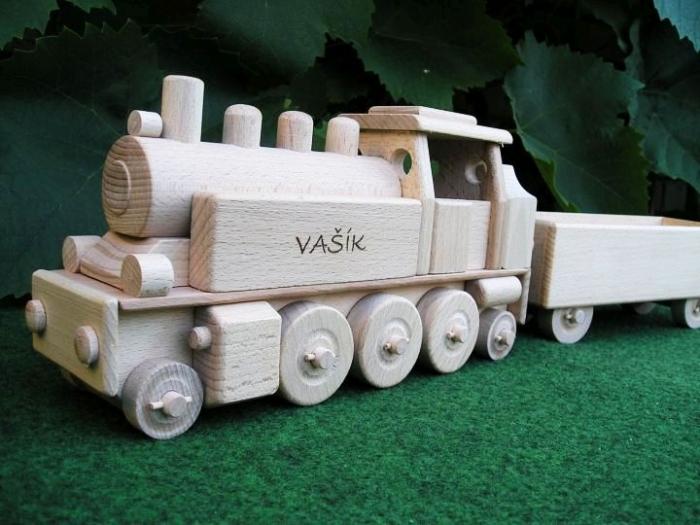 Vláček dřevěný parní lokomotiva