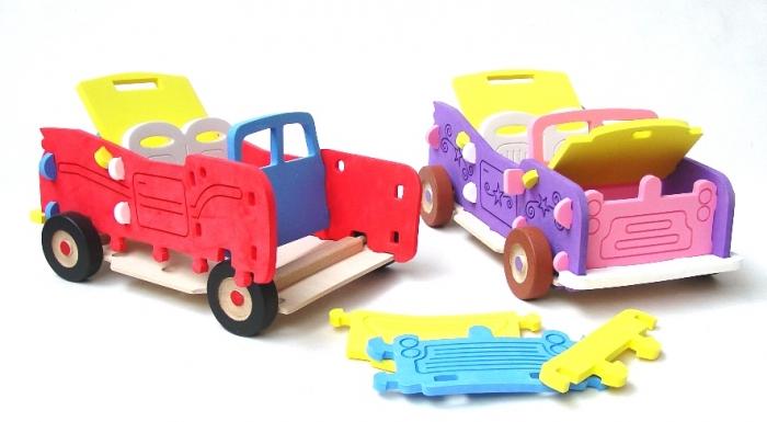 Pěnová hračka, auto kabriolet pro holky