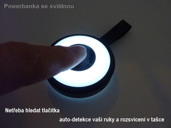 Powerbanka se svítilnou bez přepínačů