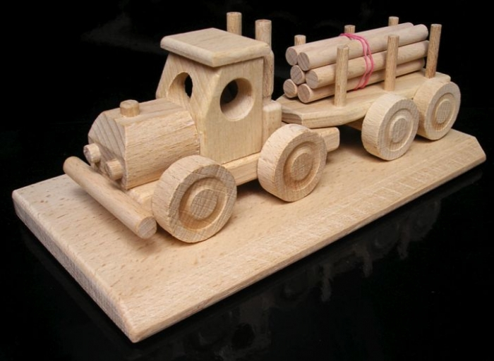 Lesní nákladní auto, hračka dárek