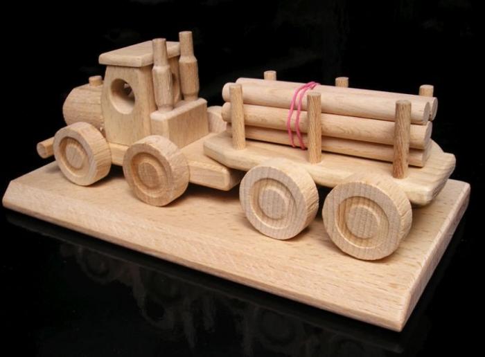 Lesní nákladní auto, hračka dárLesní nákladní auto, hračky dárky