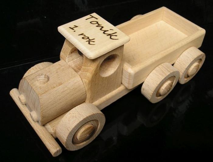 Nákladní auto dárek hračka