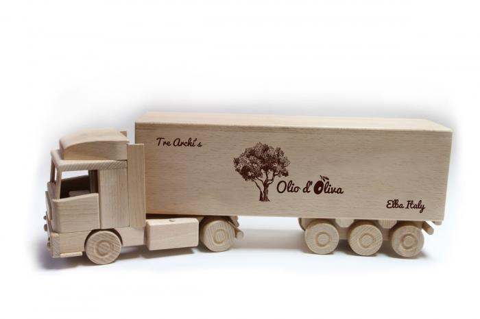 Kamion dárek pro řidiče kamionů