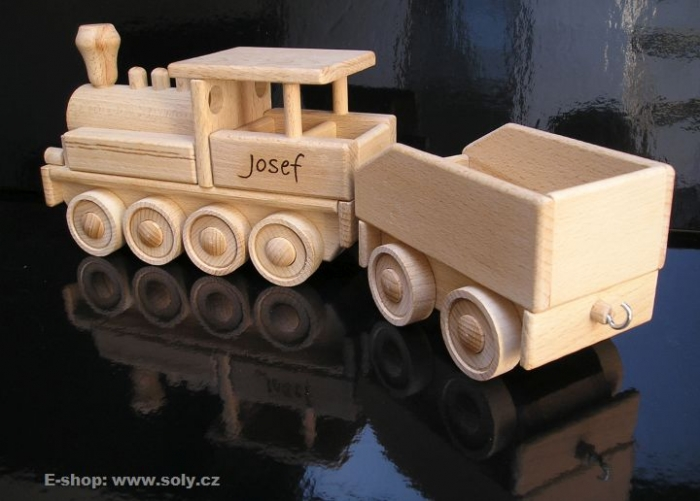 Velká lokomotiva s uhlákem