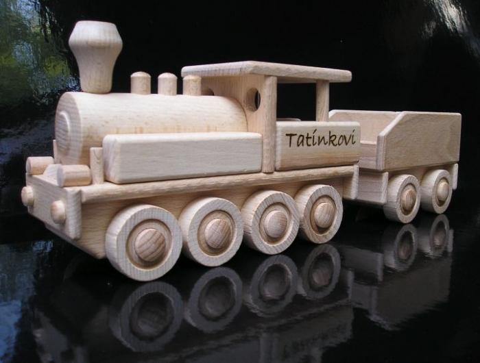 lokomotiva s uhlákem a textovým věnováním
