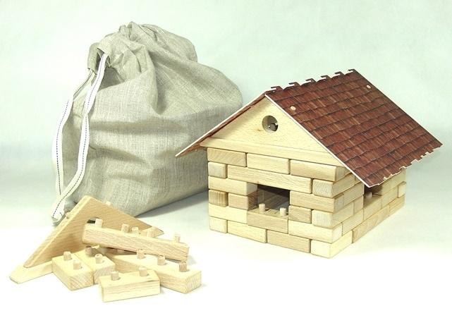 Dřevěné stavebnice - domeček z kostek