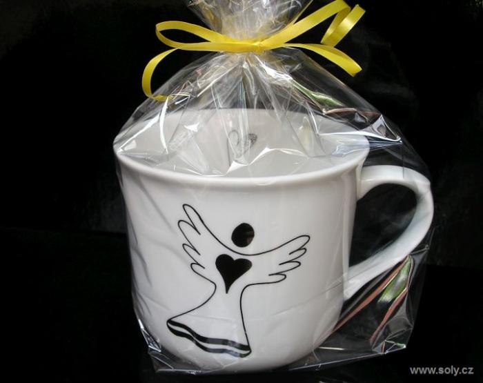 Andělský 0,5 l hrnek z porcelánu v dárkovém balení