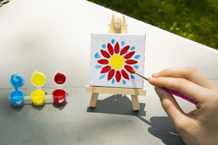 Mini malovací set, stojan, plátno, štětec a barvy pro děti
