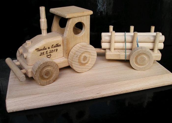 Traktor svatební dárek