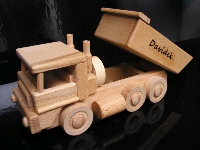 Auto hračka