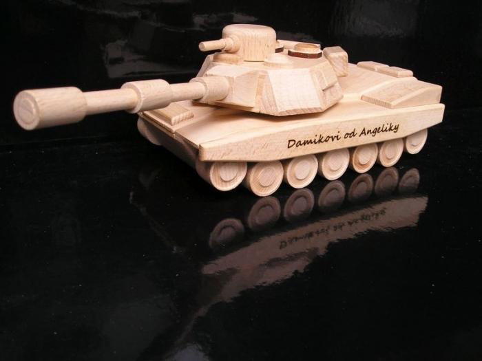 hračky pro kluky tank