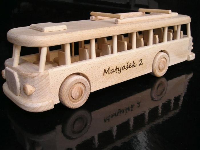 Hračky autobus brno