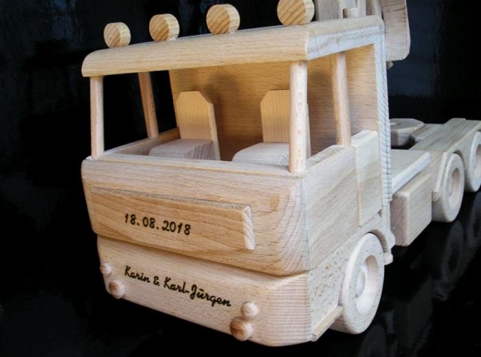 Přepravník dřeva Mercedes