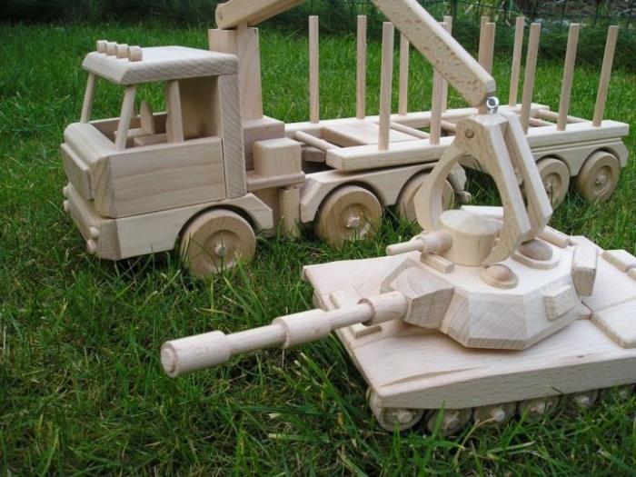 Přepravník dřeva s rukou