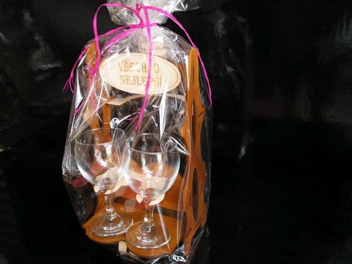 Dárková láhev k narozeninám pro dámu