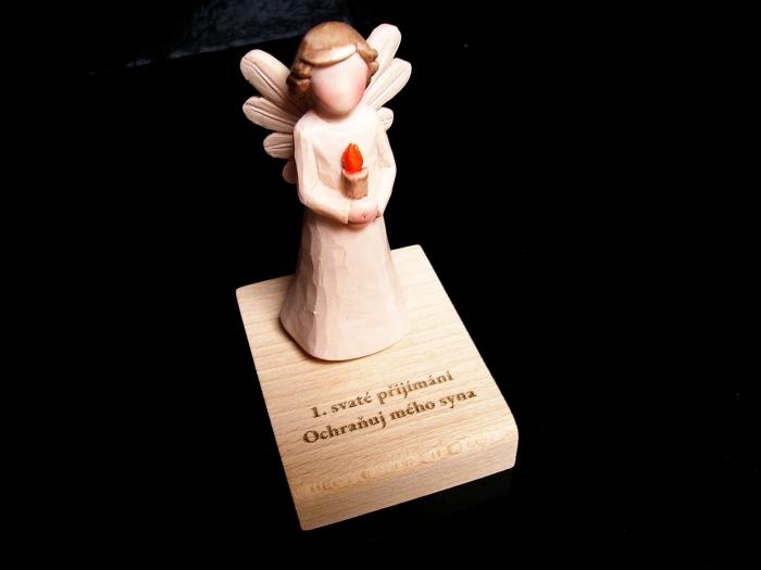 Dárky ke svatému přijimání anděl svíčka