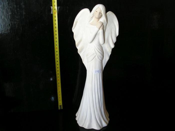 Velký bílý anděl, keramická dekorace, soška