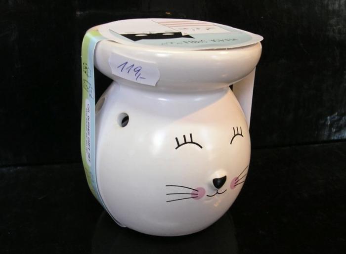 Bílá aromalampa kočka, kočička se svíčkou
