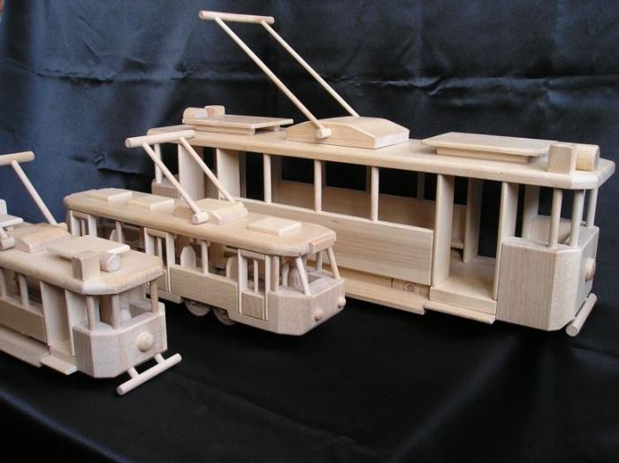 drevene-tramvaje-elektricky-saliny-salky