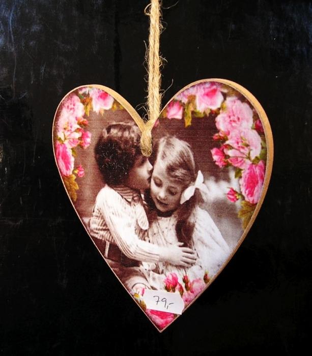Srdce z lásky, červená bytová dekorace, dárek