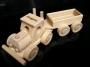 Kamion s přívěsem hračka dárek
