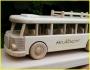 Text na dřevěném dárku Autobus RTO