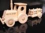 Traktor hračka i pro dospělé