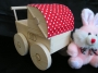 detsky-kocarek-pro-panenky-na-hrani